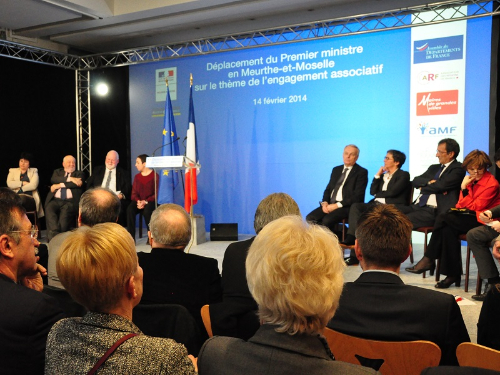 Signature charte associatif a Nancy