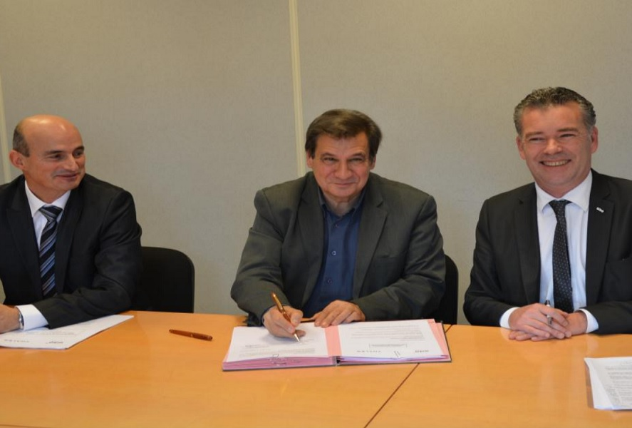 Signature convention Thales Universite de Bretagne