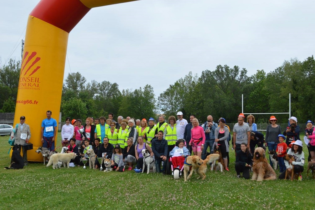 Premier Canicross organise par l association La Catalane Handi chiens