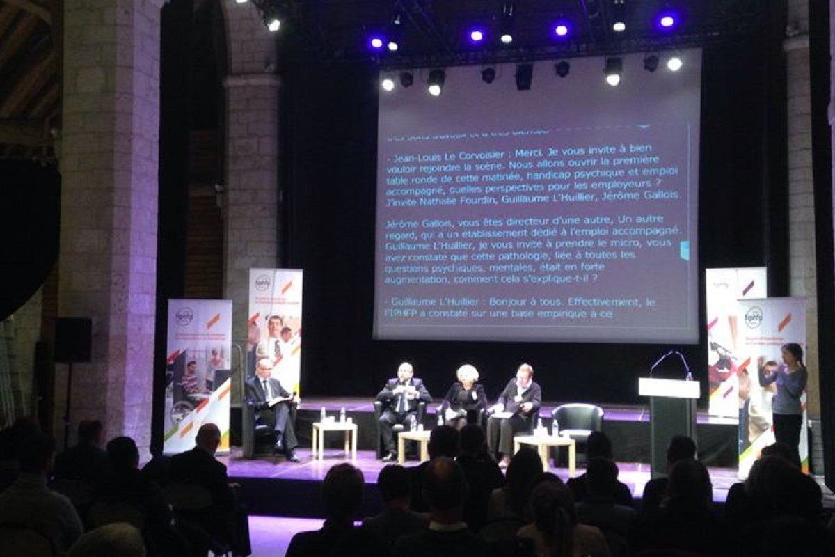Premiere table ronde du colloque regional du fiphfp en region Haut de France