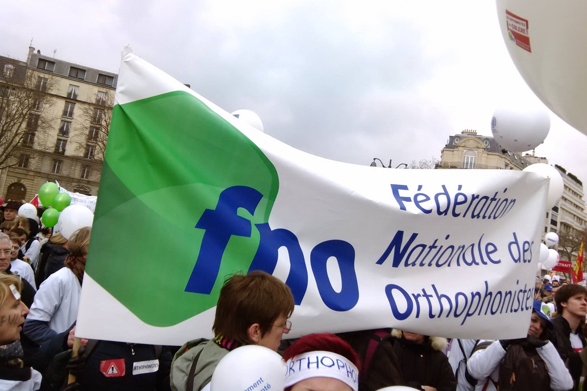 Le syndicat national des orthophonistes fno lors de la mobilisation nationale du 15 mars 2015